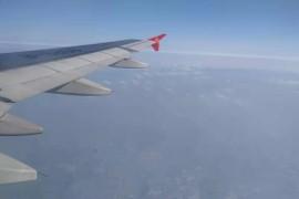 带你飞小姚手机拍摄飞机起飞过程